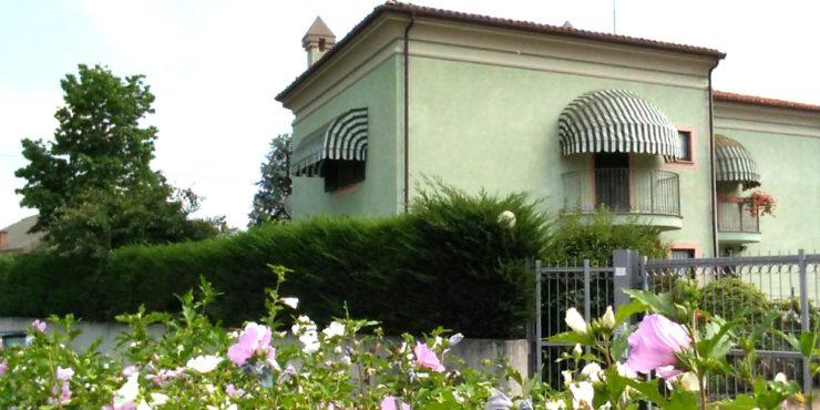Villa a schiera di testata a Ronchi