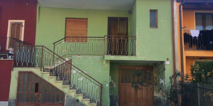 Porzione di casa in centro Vignolo