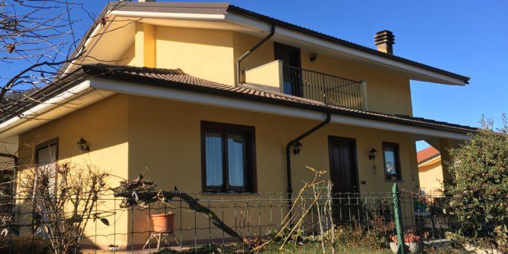 Villa singola a Vignolo